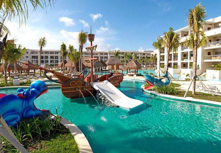 El resort Paradisus Playa del Carmen fue seleccionado por primera vez como uno de los mejores hoteles familiares. (Internet)