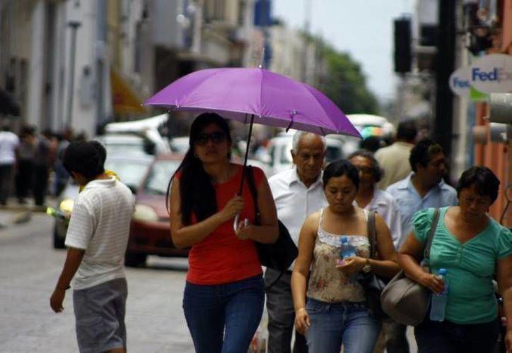 La Conagua informa que las temperaturas irán de calurosas a muy calurosas este lunes en Yucatán, y pronostica lluvias vespertinas. (SIPSE)