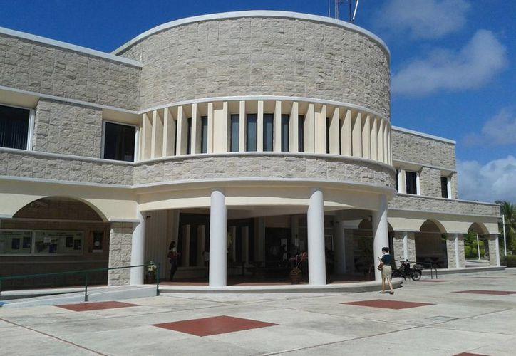 La Universidad de Quintana Roo ofrece 27 carreras profesionales y 11 postgrados. (Paloma Wong/SIPSE)