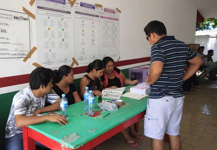 EL RETO para las instituciones electorales: agilizar el conteo de votos y dar resultados preliminares confiables. (SIPSE)