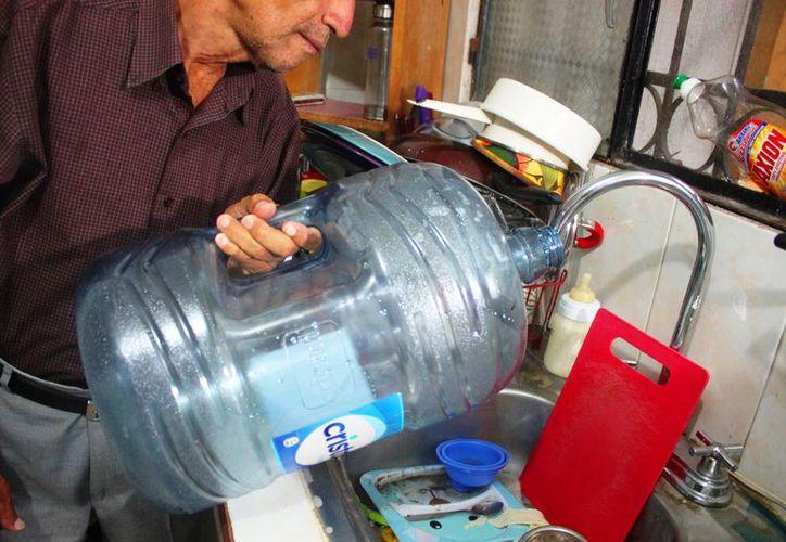 La Cofepris iniciará con la verificación de los pozos de extracción de agua con fines de lucro. (Foto: Daniel Pacheco/SIPSE)