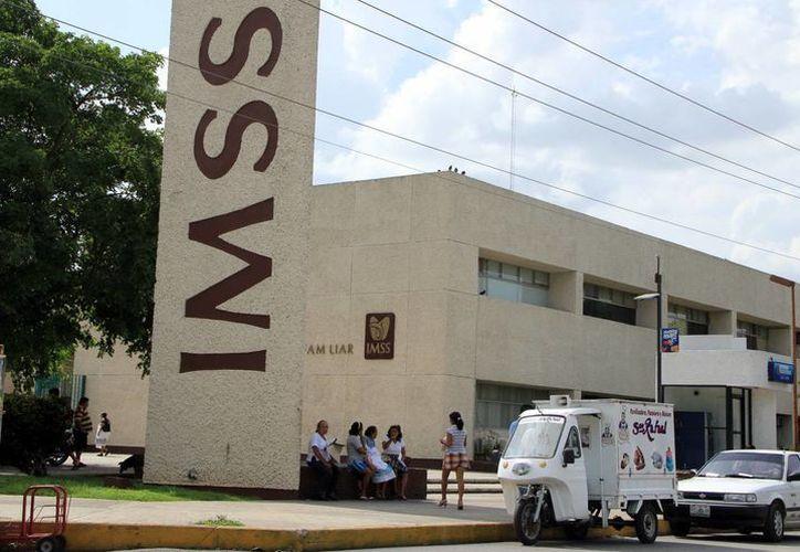 Este lunes 2 de febrero el IMSS prestará servicios solo en las áreas de urgencias y hospitalización. (SIPSE)