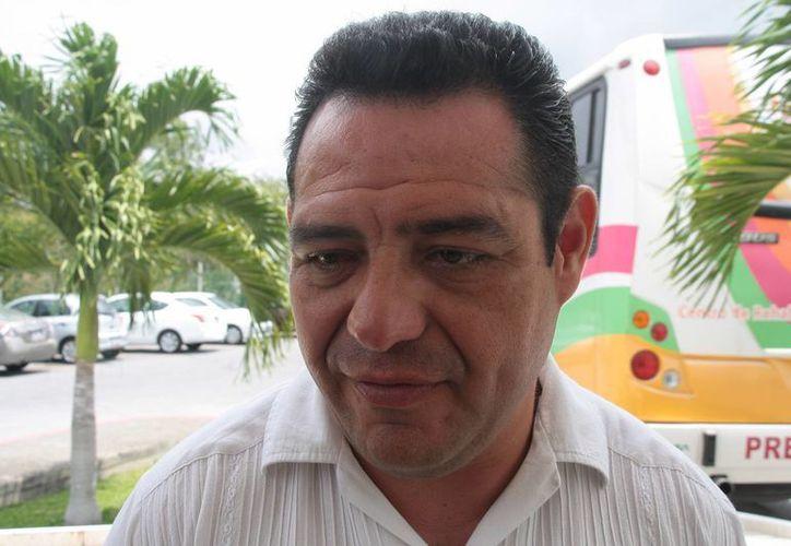 Jesús Zetina Tejero, regidor del PAN, dijo que el Ieqroo debió investigar a los consejeros electorales. (Julián Miranda/SIPSE)