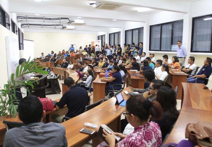 Hasta el momento han participado 230 alumnos y la Semana Cultural de Derecho y Seguridad Pública concluirá mañana. (Redacción/SIPSE)