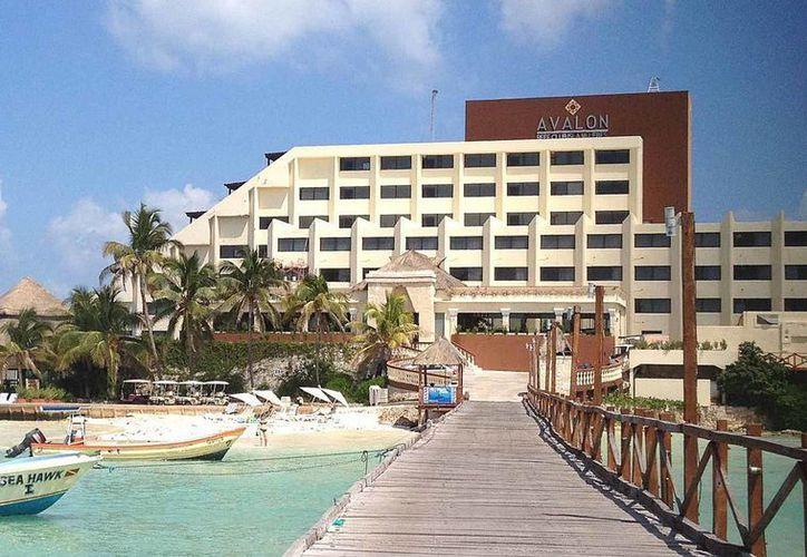 """El Avalon Reef se localiza en el lugar conocido como islote """"El Yunque"""", en Isla Mujeres. (Archivo/SIPSE)"""