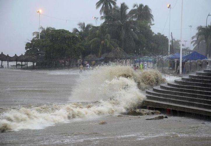 Los efectos de la tormenta tropical 'Manuel' en Acapulco, Guerrero. (Agencias)