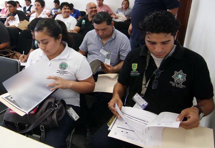 En junio estrena Mérida sistema de justicia penal, mientra tanto personal de la FGE actualiza sus conocimientos. (Milenio Novedades)