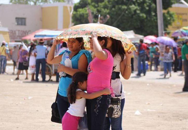 Los pronósticos anticipan días calurosos con registros máximos de 35.0 a 39.0 grados Celsius en Yucatán. (SIPSE)