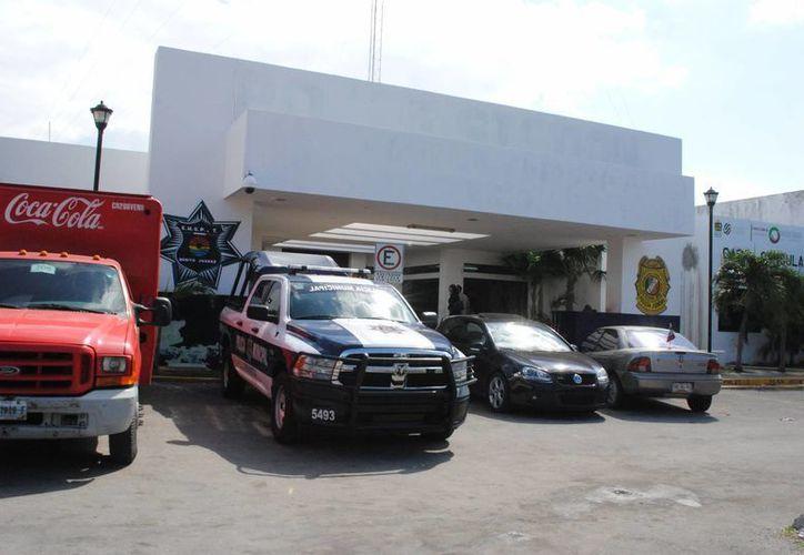 Los tres policías de la corporación fueron asignados en otros puntos de la ciudad. (Eric Galindo/SIPSE)