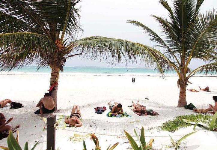 Las playas de Tulum cuentan con la calidad necesaria para recibir la certificación Blue Flag. (Redacción/SIPSE)