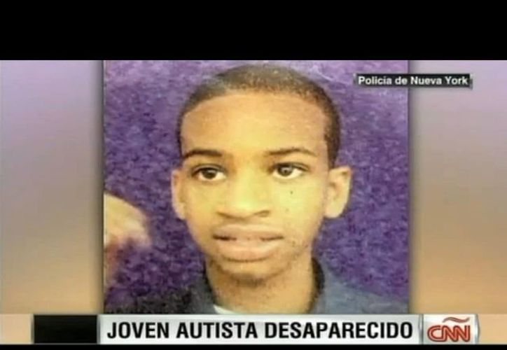 Avonte Oquendo vestía una camiseta gris de rayaas y jeans negros la última vez que se le vio. (Captura de pantalla de video de mexico.cnn.com)