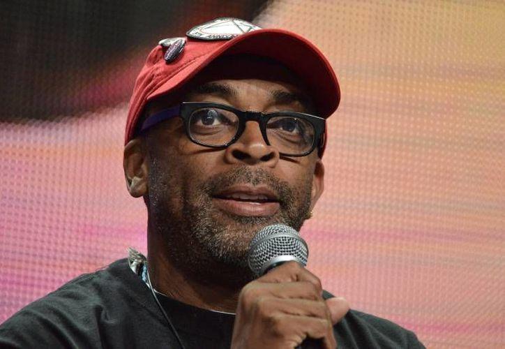 El director de cine Spike Lee criticó a La Academia cinematográfica de Hollywood por su falta de diversidad entre sus nominados de este año. (Archivo AP)