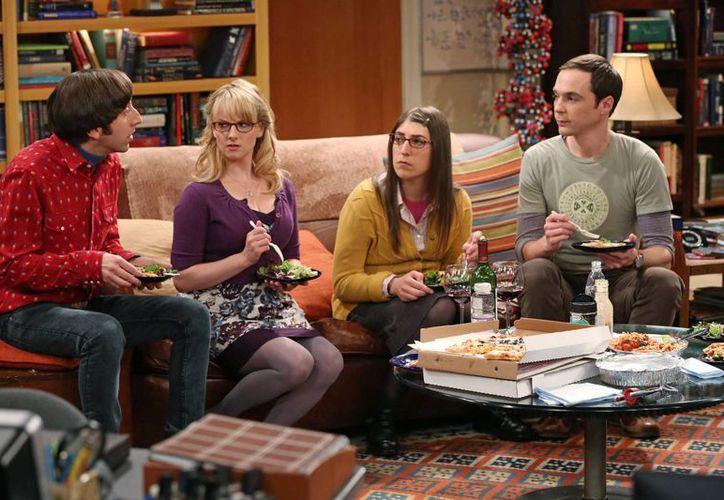The Big Bang Theory es una comedia sobre unos nerds amantes de la ciencia y la gente que los quiere. (Agencias)