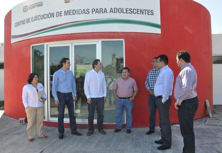 Por primera ocasión, la Comisión de los Derechos Humanos del Estado de Quintana Roo (Cdhqroo), visitó el Centro de Internamiento para Adolescentes. (Harold Alcocer/SIPSE)