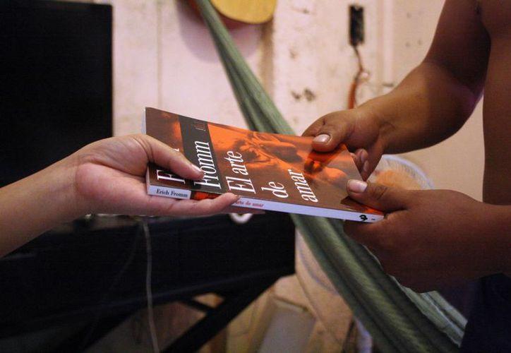 Una de las metas es despertar la pasión por la lectura. (Octavio Martínez/SIPSE)