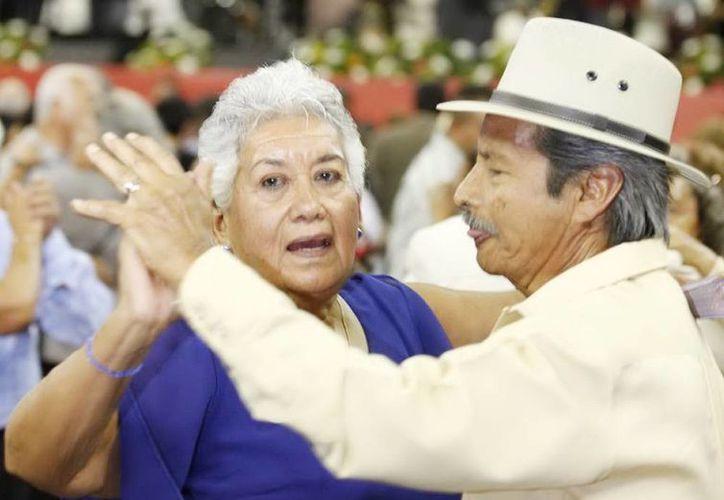 """El próximo 1 de octubre se conmemorará el """"Día Internacional de las Personas de Edad"""". (Notimex)"""