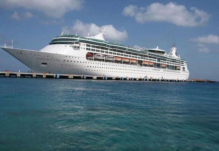 La APIQROO espera un incremento del 51% en la llegada de cruceros entre julio y agosto. (Foto/Excelsior)