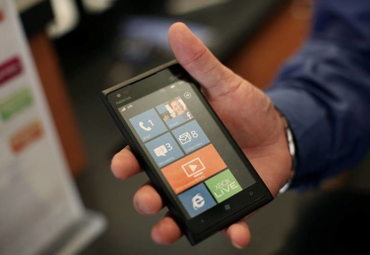 El nuevo Lumia 920, de Nokia. (Reuters)