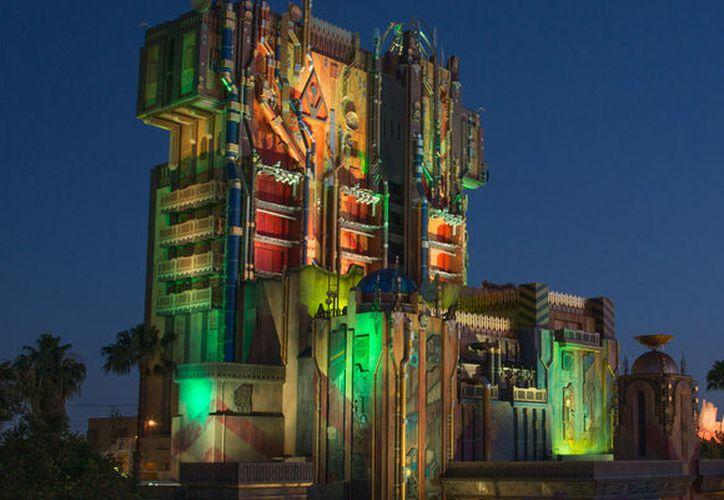 El logo se encuentra escondido a un lado de la atracción Guardians of the Galaxy: Mission Breakout! (Foto: Screen Rant)