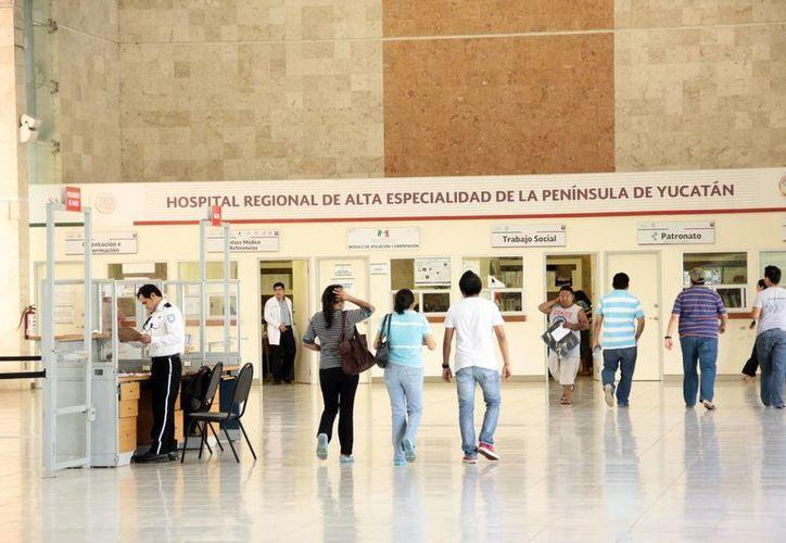 El Hospital Regional de Alta Especialidad (Hrae) de la Península de Yucatán reconocerá este jueves a 10 familias donadoras con fines de trasplante. (SIPSE)