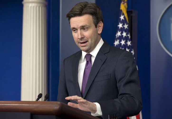 El vocero presidencial Josh Earnest dijo que la demanda del gobierno federal será presentada en una Corte Federal en Texas. (AP)
