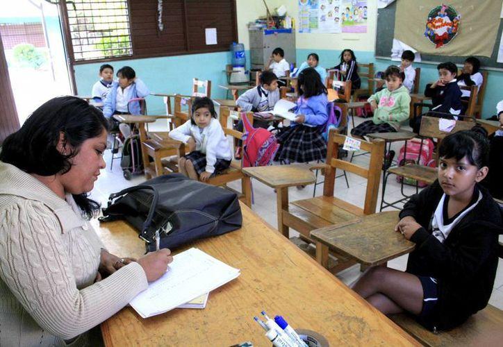 Las calificaciones de los alumnos serán por letras y no por números, a partir del próximo ciclo esoclar. (Milenio Novedades)