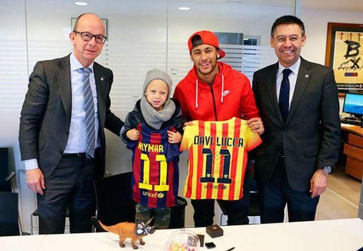 Neymar y su hijo Davi Lucca son, desde hoy, socios del Barcelona FC. (fcbarcelona.es)
