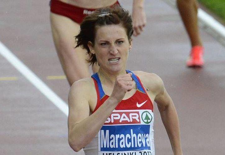 Irina Maracheva ganó plata en la prueba de los 800 metros en el campeonato europeo de Helsinki en 2012. La presea obtenida será retirada debido a que dio positivo a pruebas de dopaje en aquel entonces. (Imagen tomada de skysports.com)
