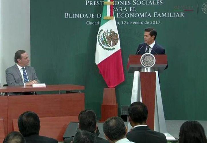 El Presidente de México señaló que el uso desmedido de combustibles en el país contribuyó a que se acabara la 'gallina de los huevos de oro'. (@PresidenciaMX)