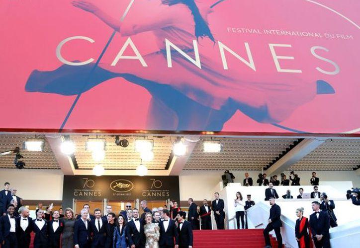 El hecho dio lugar a bromas entre los asistentes, ya que la película anterior de Hazavinicius en Cannes fue mal recibida por el público y la crítica. (Excelsior)
