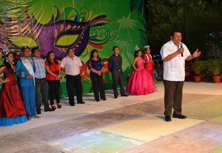 El alcalde Sebastián Uc Yam fue el encargado de clausurar el tradicional evento. (Redacción/SIPSE)
