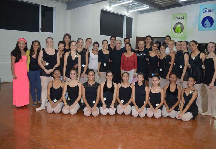 Tratarán de potencializar la capacidad de los jóvenes bailarines. (Jocelyn Díaz/SIPSE)