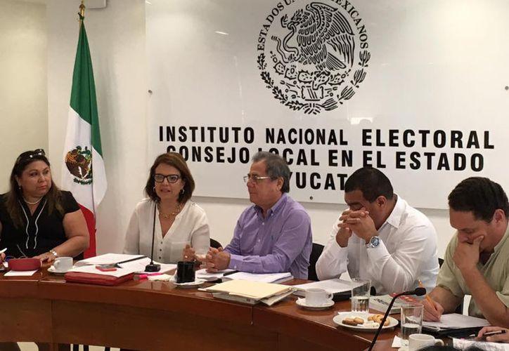 La renovación del Consejo del Ieapac iniciará antes de lo previsto, pues buscan evitar problemas con el inicio del proceso electoral 2017-2018 que abre en septiembre. (Archivo/Facebook-Ieapac)