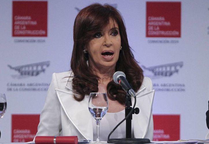 Cristina Fernández  ha resultado salpicada por las investigaciones sobre supuestas irregularidades en una de sus empresas. (Archivo/EFE)