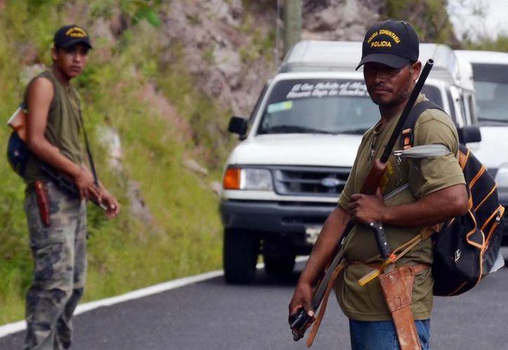 """el comandante regional del la Unión de Pueblos Organizados del Estado de Guerrero (Upoeg), solicitó que """"én vez de estar encarcelando (a personas de la policía civil) por el trabajo que se está haciendo, les pedimos a la policía que nos pongamos en coordinación"""". (Archivo SIPSE)"""