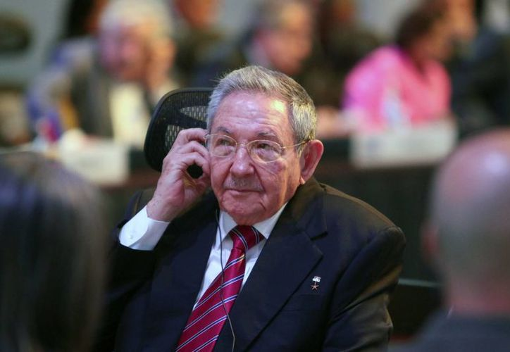 Raúl Castro confirmó que Cuba realizará cambios a su sistema político, tal como lo solicitó Washington. (AP)