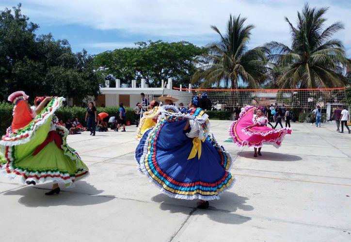 Las actividades se desarrollaron en las instalaciones del Cecyte. (Octavio Martínez/SIPSE)