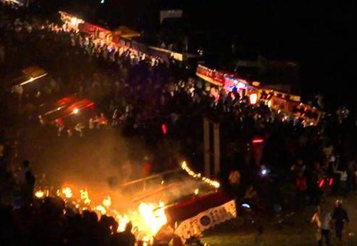 El festival anual de Fukuchiyama, en la prefectura de Kioto, fue cancelado tras la explosión. (zocalo.com.mx)