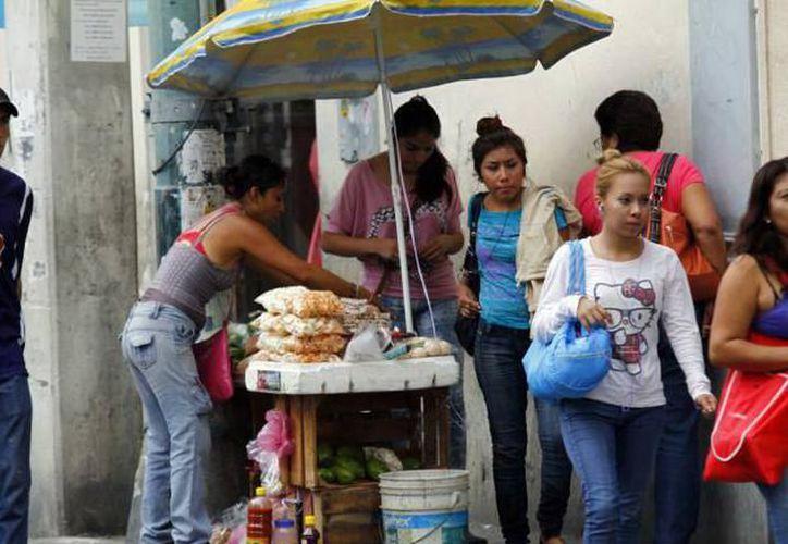 El comercio informal hace que cada año se pierdan más de 400 mil empleos en la entidad. (Archivo/Milenio Novedades)