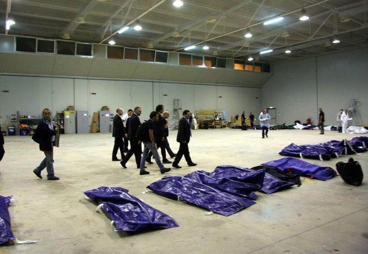 En total han sido recuperados 111 cadáveres. (EFE)