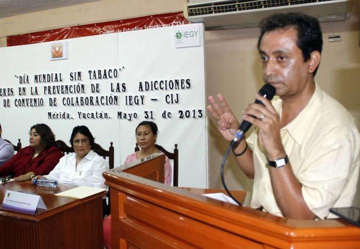 El director del CIJ alerta del aumento de las adicciones en mujeres. (Juan Albornoz/SIPSE)