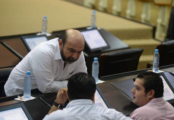 Luis Hevia Jiménez resaltó la importancia de las iniciativas a favor de las yucatecas. (Milenio Novedades)