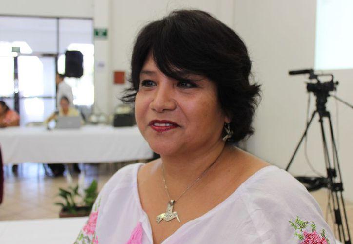 Guadalupe de la Rosa anunció que en conjunto con el Cemda solicitarán la consulta pública del proyecto La Calma. (Foto: Adrián Barreto/SIPSE)