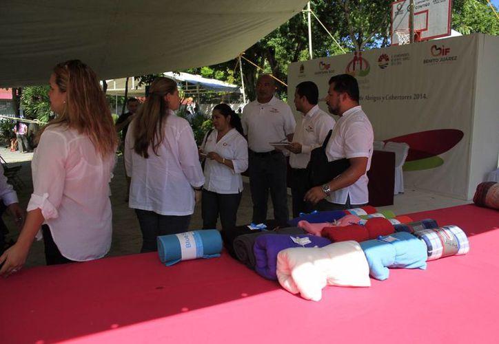El centro de acopio se ubica en el DIF de la Región 94. (Sergio Orozco/SIPSE)