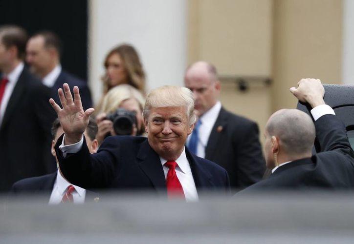 Será a medio día cuando Donald Trump rinda protesta como presidente de EU. (AP/Alex Brandon)