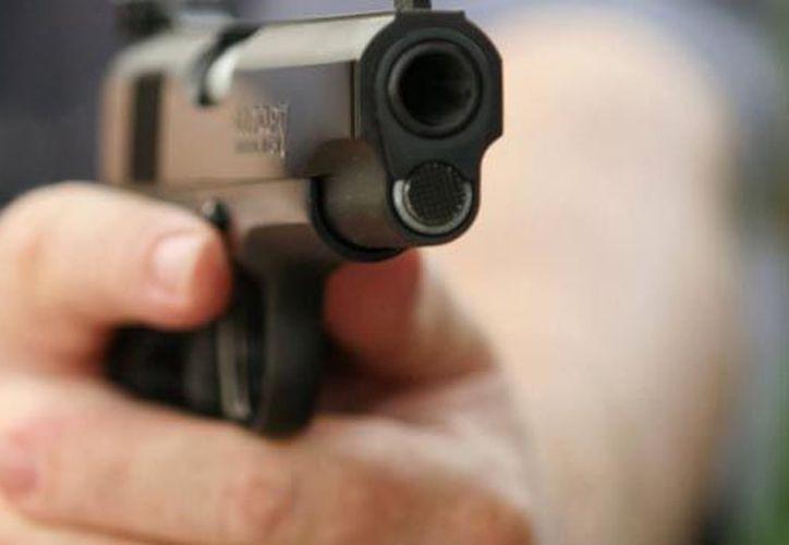 El joven disparó 11 veces contra la adolescente de 16 años, en Brasil. (Foto: Contexto/Internet)