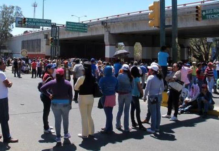 Movilización de maestros paristas en Guerrero. (Notimex/Archivo)