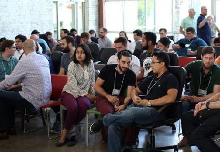 Con presentaciones y demostraciones llega a su fin este domingo el Startup Weekend Mérida 'Mejorando vidas'. (SIPSE)