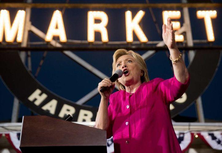 Hillary Clinton es la primera mujer en la historia de Estados Unidos en competir por la Casa Blanca. (AP)