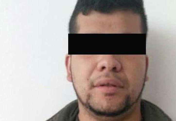 El hombre, conquistado por la novia de su víctima, le contó que el 22 de febrero pasado tenía la misión de asesinar a un reciclador en el barrio de Pablo VI. (López Dóriga Digital)